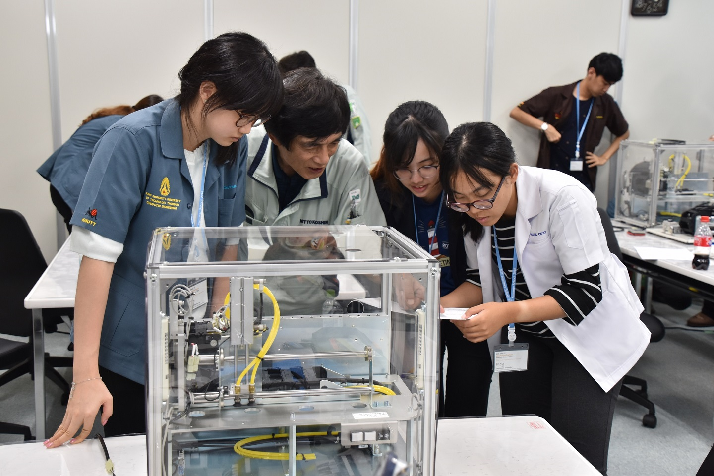 Students gain experience in facility engineering at NITTO KOSHIN CO., LTD.