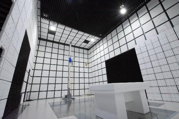 電波暗室の設置